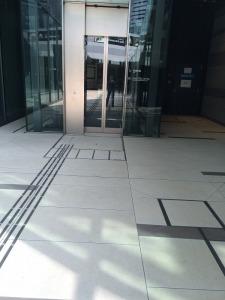 エレベーター上り口